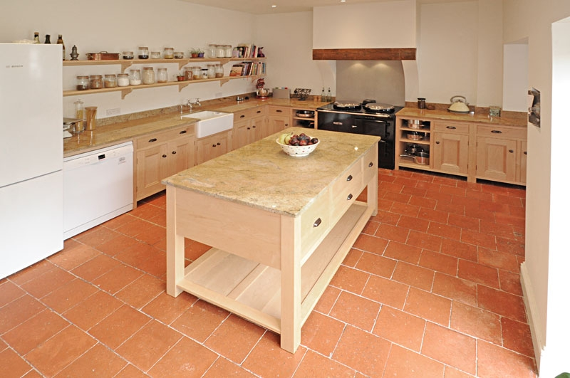 Bespoke kitchens handmade for norfolk east anglia london for Edwardian style kitchen